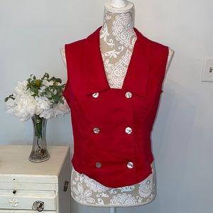 Pretty retro red top